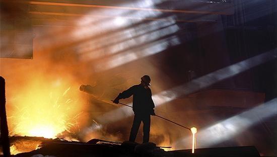 钢铁煤炭煤电去产能 全年目标提前超额完成